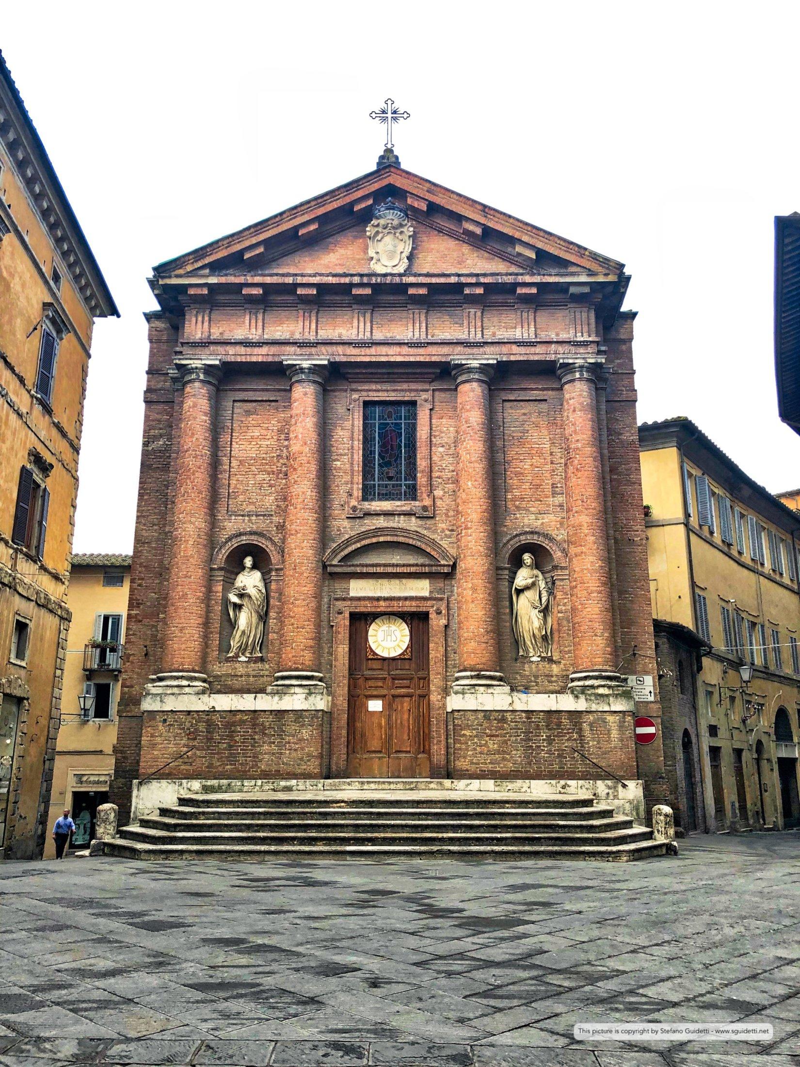 Piazza Tolomei